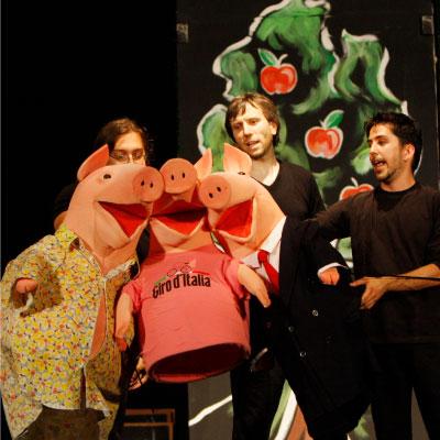 I tre porcellini Teatro Ragazzi Fondazione Aida