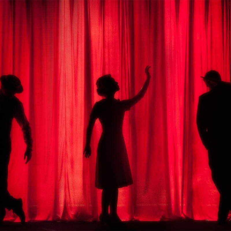 Corsi di teatro online e in presenza per persone con e senza esperienza!